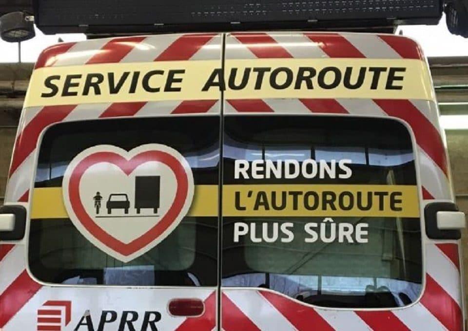 area-aprr-adhésif-maac prod-securite-autoroute-tuto-notice-covering